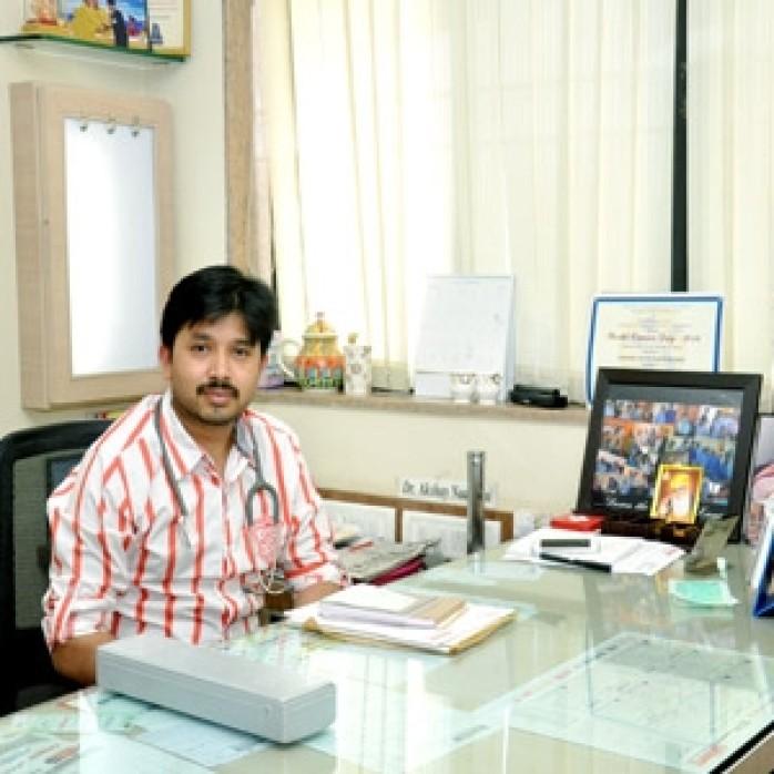 Dr.Akshay-Nadkarni